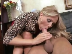 Cumaholic Blonde MILF Julia Ann Receives Her Pussy Fucked Cowgirl Style