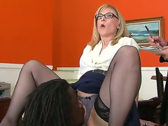 Nathan Threat gives Nina Hartley a glimpse of his mighty 10-Pounder and then licks her pussy, hoping that later this babe will bow down and let him in. Hawt milf knows no shame.