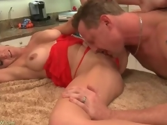 Cocksucking housewife with gorgeous big meatballs