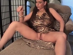 Busty milf in sexually excited dress pumps her cookie