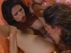 In rose petals licks her vagina