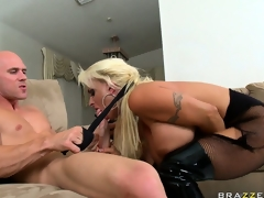 The horny blonde sucks his big dong getting it willing for her taut holes